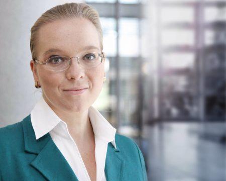 Dr. Karin Kelle-Herfurth, Ärztin und Gesundheitsökonomin, Beraterin und Sparringspartnerin für Menschen & Organisationen im digitalen Wandel